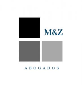 Cubos apilados en tonos de grises para logo del estudio MZ